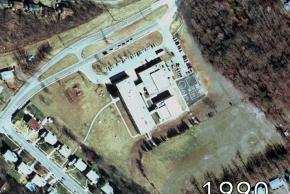 Aerial view of Shrevewood Elementary School in 1990. An addition has been constructed to the rear of the building.